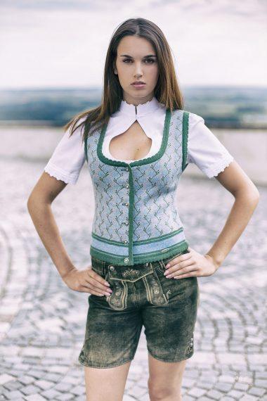 Aufwendig gearbeitetes Mieder mit Jaquardmuster bei Huber Mode & Tracht