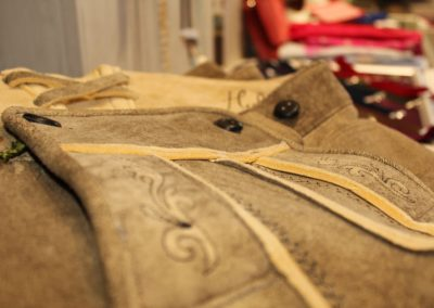 Lederhosen bei Huber Mode & Tracht